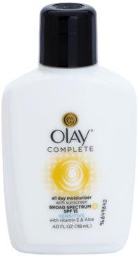 Olay Complete crema de día hidratante  para pieles sensibles