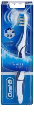 Oral B 3D White Luxe baterie pentru perie de dinti foarte moale