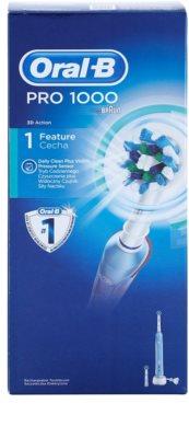 Oral B Pro 1000 D20.523.1 elektrický zubní kartáček 5