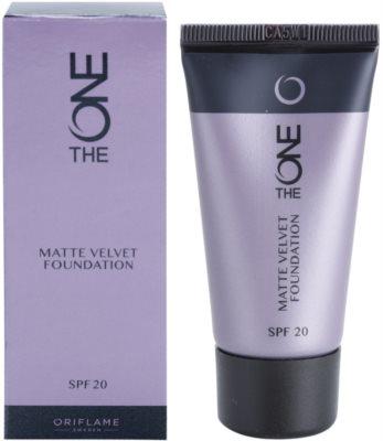 Oriflame The One Matte Velvet mattierendes Make-up SPF 20 1