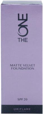 Oriflame The One Matte Velvet mattierendes Make-up SPF 20 2