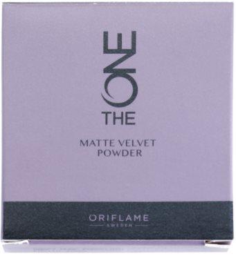 Oriflame The One Matte Velvet pó matificante 3