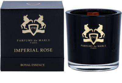 Parfums De Marly Imperial Rose dišeča sveča
