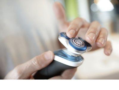 Philips Shaver Series 7000  S7370/12 Elektrorasierer 10