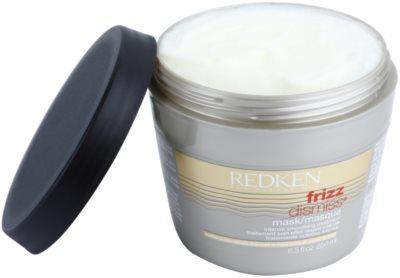 Redken Frizz Dismiss maska za glajenje las proti krepastim lasem 2