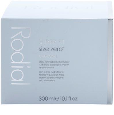 Rodial Super Fit hydratační tělový krém pro zpevnění pokožky 4