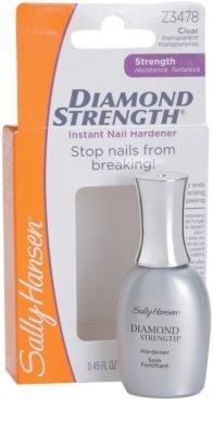 Sally Hansen Strength зміцнюючий догляд для нігтів 1