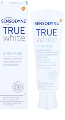 Sensodyne True White Extra Fresh pasta de dientes blanqueadora con efecto antimanchas en el esmalte  para dientes sensibles 1