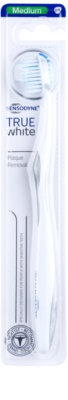 Sensodyne True White escova de dentes medium