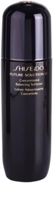 Shiseido Future Solution LX hidratáló tonik a bőr kisimításáért és a pórusok minimalizásáért