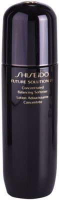Shiseido Future Solution LX tónico hidratante para alisar pele e minimizar poros