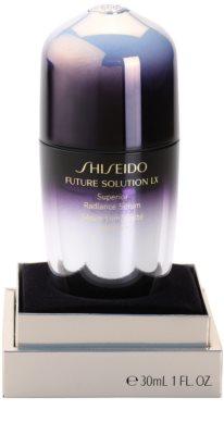 Shiseido Future Solution LX rozjasňující sérum pro sjednocení barevného tónu pleti 2