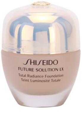 Shiseido Future Solution LX auffrischendes Make-up SPF 15