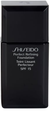 Shiseido Base Perfect Refining langlebiges Flüssig Make-up SPF 15