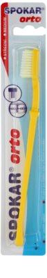 Spokar Orto zobna ščetka za uporabnike fiksnih zobnih aparatov medium
