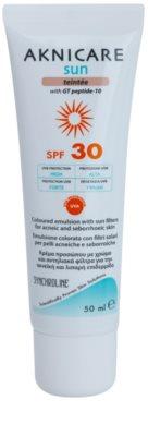 Synchroline Aknicare  Sun Tönungs-Emulsion für Haut mit Akne oder Seborrhoischem Ekzem SPF 30