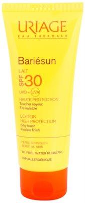 Uriage Bariésun seidig-feine schützende Lotion für Gesicht und Körper SPF 30