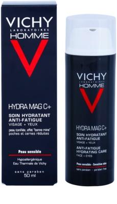 Vichy Homme Hydra-Mag C cuidado hidratante contra os sinais de cansaço do rosto e dos olhos 1