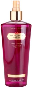 Victoria's Secret Passionate Kisses tělový sprej pro ženy
