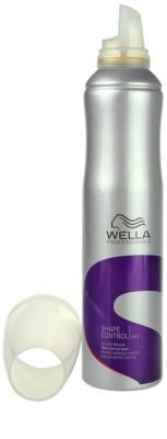 Wella Professionals Wet Shape Control pena za stling las 1