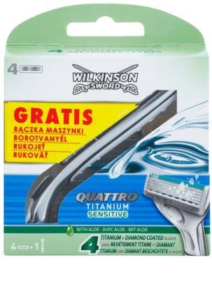 Wilkinson Sword Quattro Titanium Sensitive recambios de cuchillas 4 uds + soporte