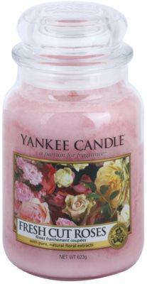 Yankee Candle Fresh Cut Roses dišeča sveča   Classic velika