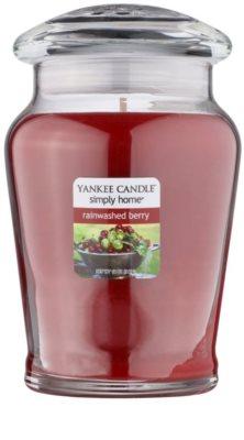 Yankee Candle Rainwashed Berry świeczka zapachowa   średnia