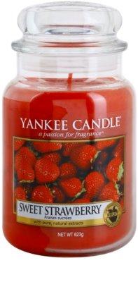Yankee Candle Sweet Strawberry illatos gyertya   Classic nagy méret