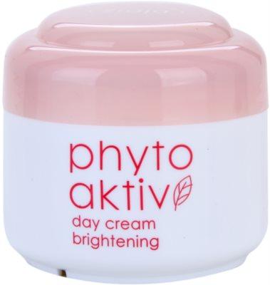 Ziaja Phyto Aktiv creme de dia iluminador para a pele sensível com tendência a aparecer com vermelhidão