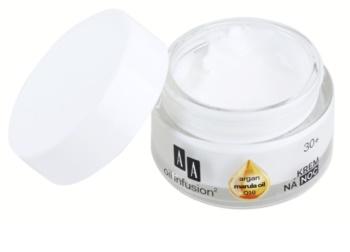 AA Cosmetics Oil Infusion2 Argan Marula 30+ nährende Nachtcreme mit Antifalten-Effekt