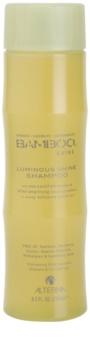Alterna Bamboo Shine champô para um brilho radiante