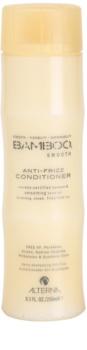 Alterna Bamboo Smooth Conditioner  tegen Kroes Haar