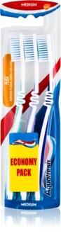Aquafresh Flex зубні щіточки medium