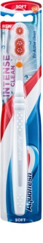 Aquafresh Intense Clean escova de dentes soft