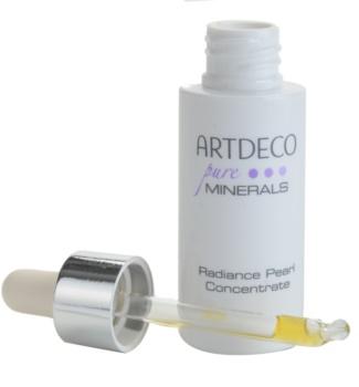 Artdeco Mineral Powder Foundation posvjetljujući serum