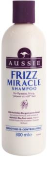 Aussie Frizz Miracle champô alisante para cabelos crespos e inflexíveis