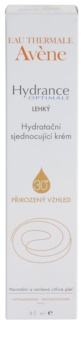 Avène Hydrance könnyű hidratáló krém, mely egységessé teszi a bőrt normál és kombinált, érzékeny bőrre