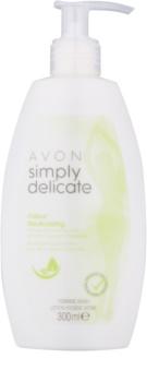 Avon Simply Delicate gel de toilette intime au camomille
