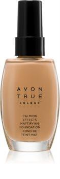 Avon True Colour upokojujúci make-up pre matný vzhľad