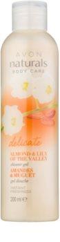Avon Naturals Body gel de banho suave com amêndoas e lírio do vale