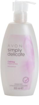 Avon Simply Delicate καταπραϋντικό κρεμώδες άοσμο τζελ για προσωπική υγεινή