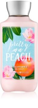 Bath & Body Works Pretty as a Peach telové mlieko pre ženy 236 ml