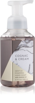 Bath & Body Works Cognac & Cream hab szappan kézre