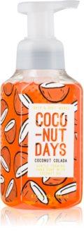 Bath & Body Works Coconut Colada penové mydlo na ruky