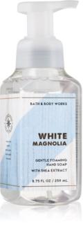 Bath & Body Works White Magnolia hab szappan kézre