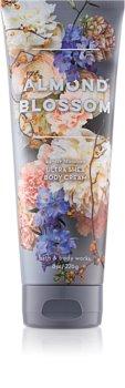 Bath & Body Works Almond Blossom crème corps pour femme 226 g