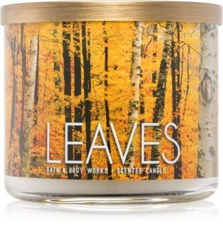 Bath & Body Works Leaves dišeča sveča  411 g