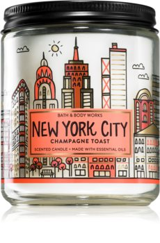 Bath & Body Works Toast scented candle IV.