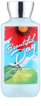 Bath & Body Works Beautiful Day telové mlieko pre ženy 236 ml