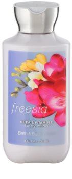 Bath & Body Works Freesia lait corporel pour femme 236 ml